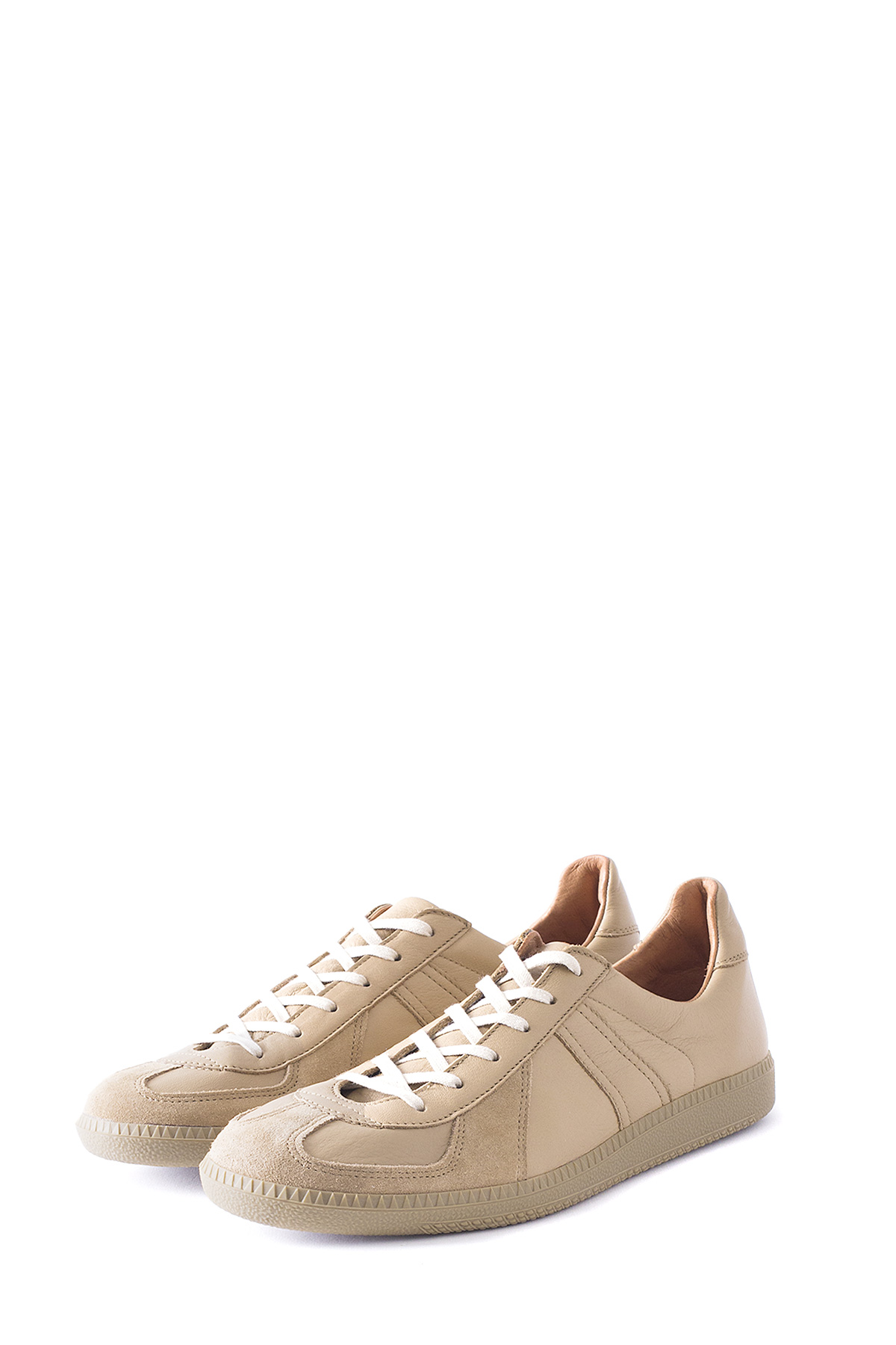 REPRODUCTION OF FOUND : German Military Trainer (Beige)