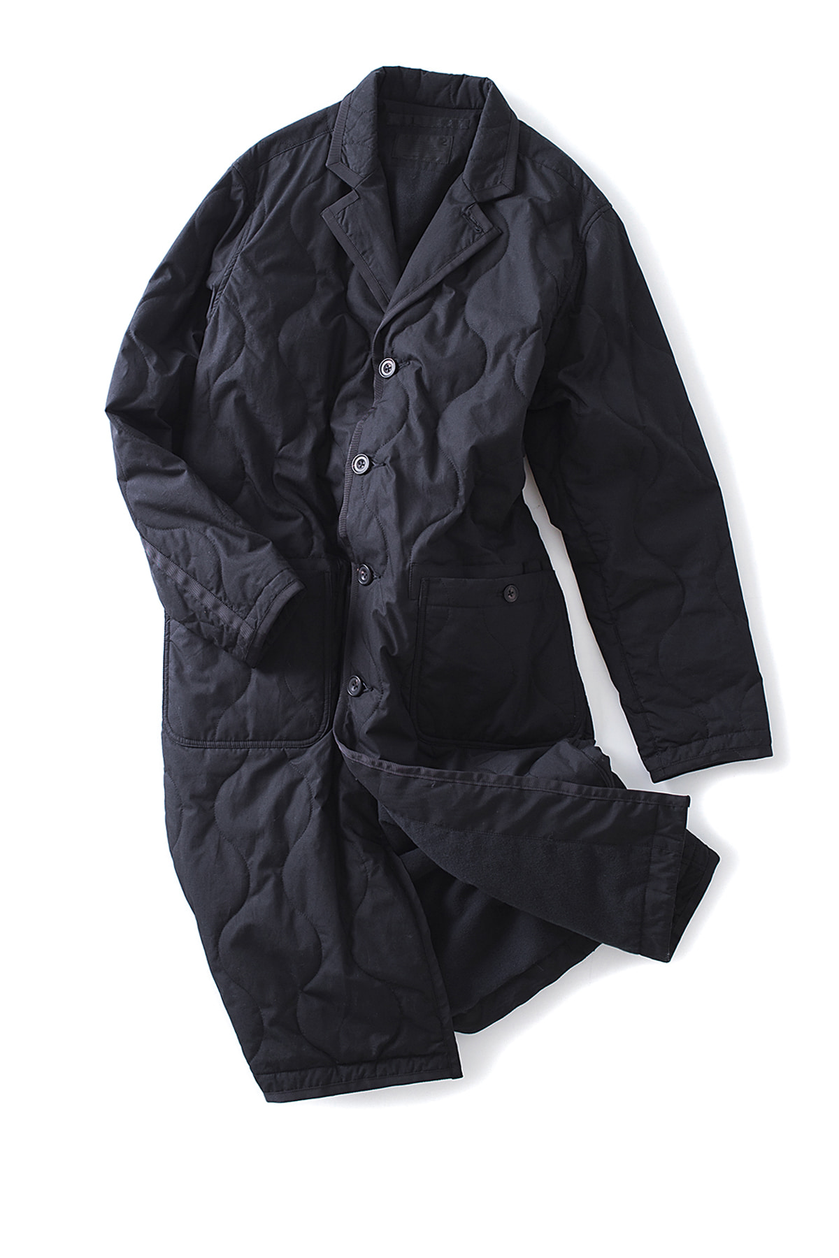 WHITE MOUNTAINEERING : Primaloft Quilted Long Coat (Black)