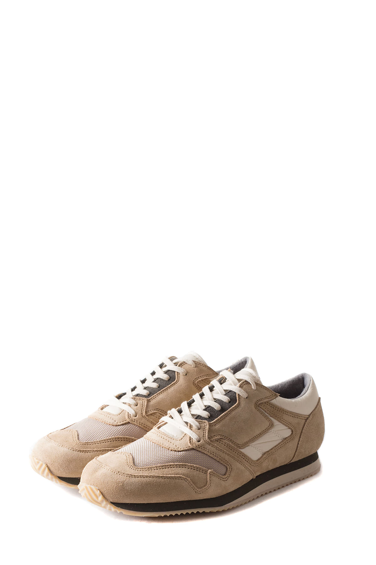REPRODUCTION OF FOUND : British Military Trainer (Beige)