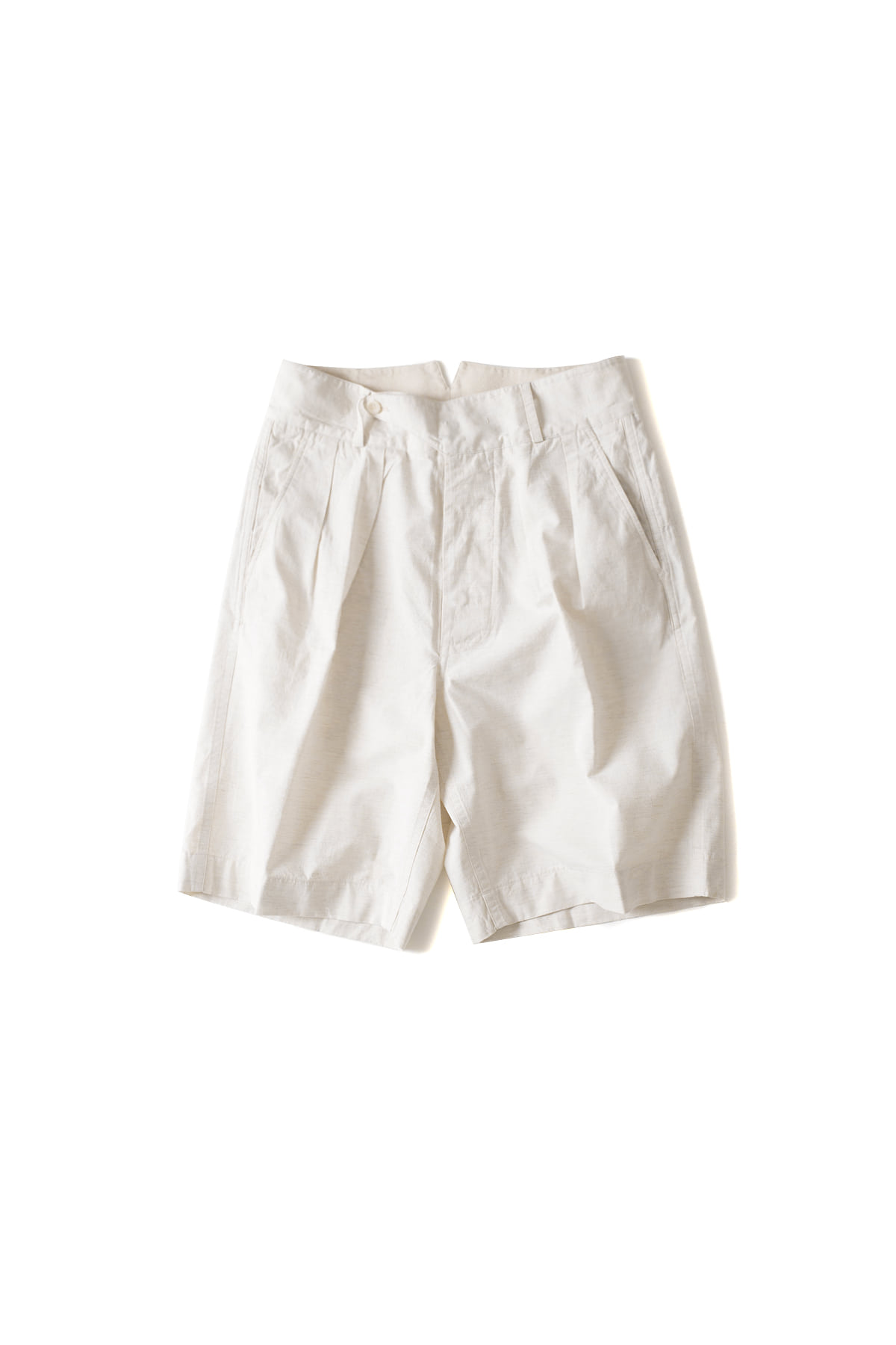 Document : Tucked Shorts (White)