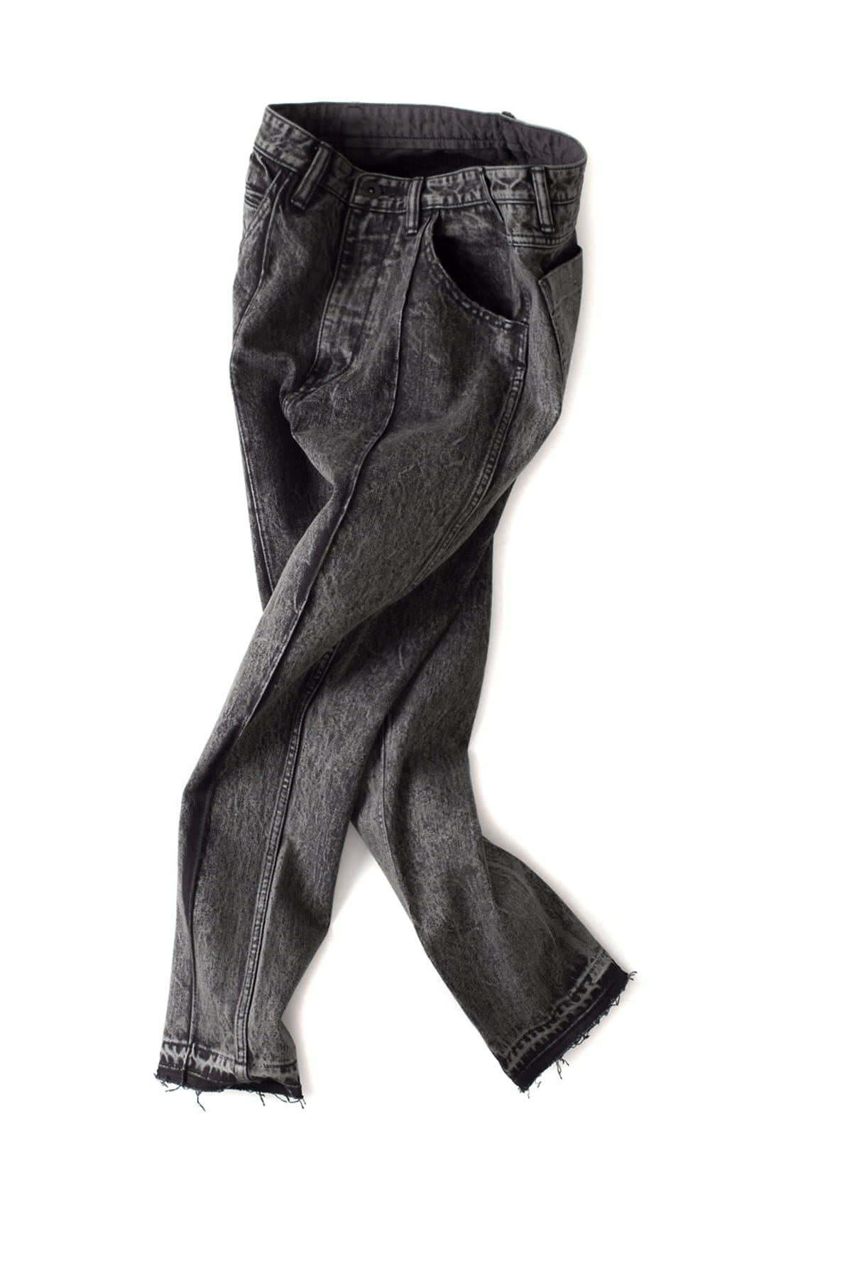 bukht : Pin Tuck Slim Tapered 5P Jeans (Black)