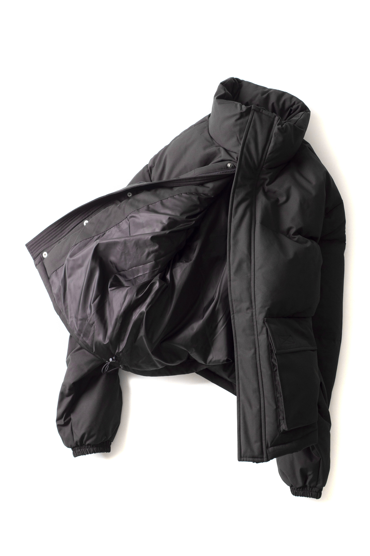 USED FUTURE : Short Puffer (Black)