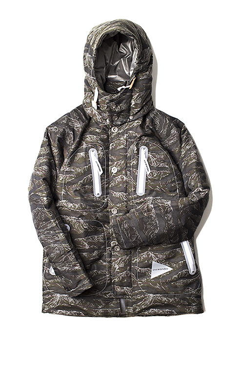 and wander : Camo Down Parka